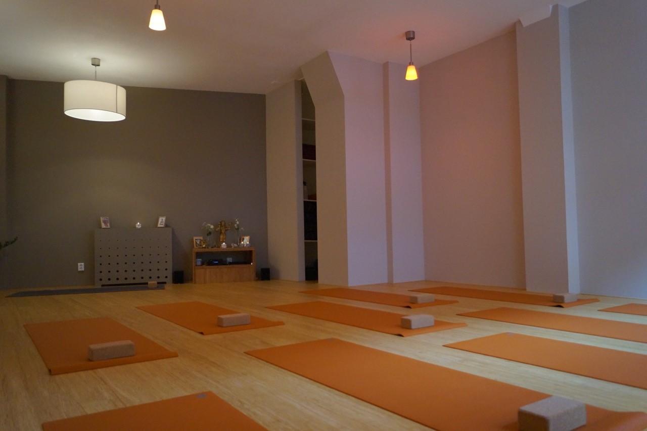 Thrive yoga studio zaal